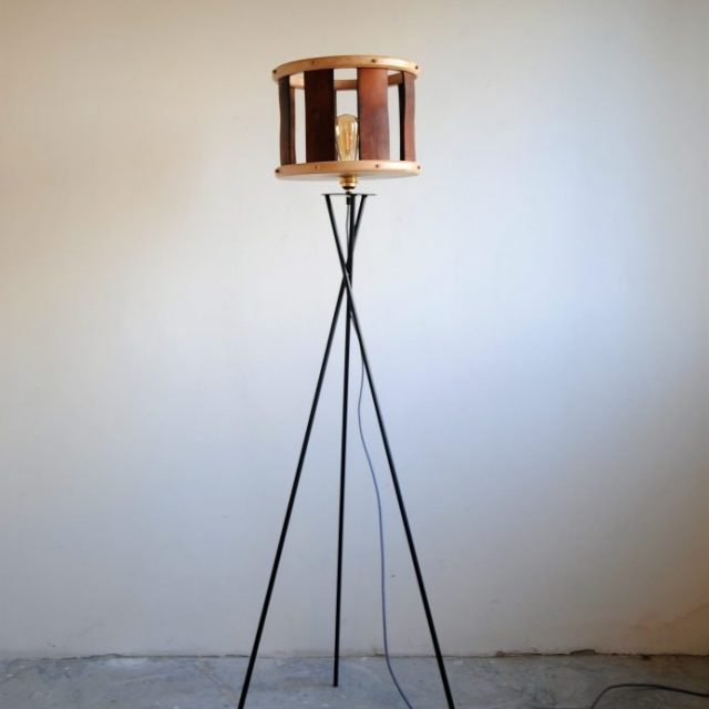 lampe abat jour bois ébéniste