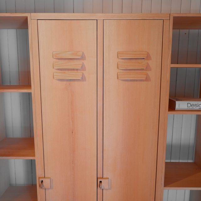 bibliothèque bois frêne massif casier vestiaire modulaire sur mesure